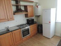 Newport Road, Roath - Spacious 2 Bedroom First Floor Flat. 2 Bathrooms.