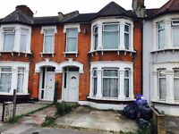 3 Bedroom House to Rent - Close to STATIONS and Local Shops