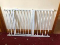 Double door child safety gate