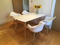 White dining table, 152x89 cm