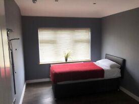 IMMACULATE 1 BEDROOM FLAT FOR RENT IN HOUNSLOW WEST