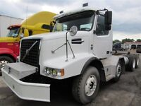 2009 Volvo VOLVO VHD 12 ROUES DAY CAB