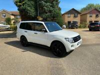 **REDUCED** Mitsubishi Shogun RARE SG4 Black edition