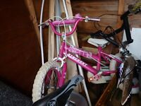 GIRLS PINK BIKE, NICE CONDITION, SUIT AGE 3 TO 7 , BARGAIN £15, CAN DELIVER