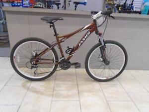 Vélo de montagne Jamis 17'' - 1016-1