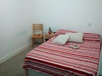 Double bedroom in the heart of Hackney! DONT MISS IT