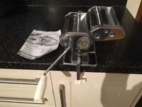 PASTA MACHINE MAKER USED ONCE COOKING BAKING ITALIAN FOOD COLLECTION COLLIER ROW RM5 KITCHEN TOOLS