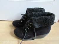 NEW LOOK ANKLE BOOTS size 1 - GREAT CONDITION