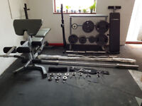 Home gym - 326 KG weight included and various items