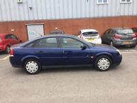 2004 Vauxhall Vectra 1,8 litre 5dr 1 owner 69000 miles