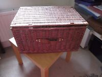 Lovely Large Picnic Hamper in Good Condition