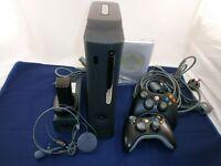 XBOX 360 Elite + Kinect + 2 power blocks + Games + 2 wireless controller