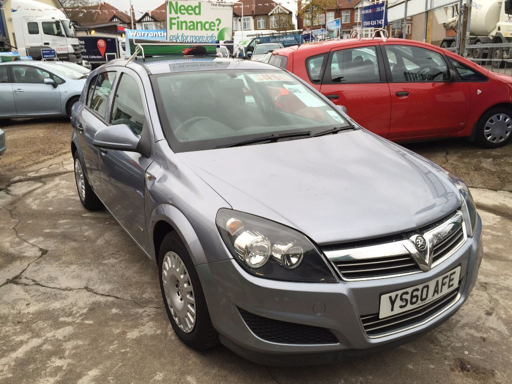 2010 vauxhall astra ecoflex 1 7 cdti 1 owner full history 30 road tax finance available. Black Bedroom Furniture Sets. Home Design Ideas