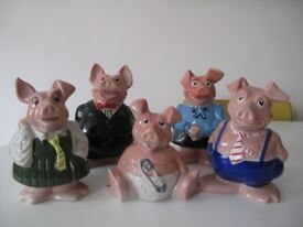 Original Wade Natwest pig money boxes-set of 5-Perfect condition-original stoppers