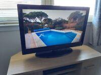 Technika 32 inch Hd Lcd tv (Freeview)