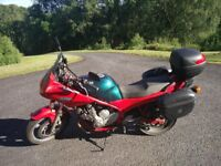Yamaha Diversion XJ600 with luggage, cover, lock and heated grips