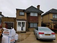 4 BEDROOM DETACHED HOUSE TO LET / RENT ON UXBRIDGE ROAD BATHROOM AND SEPERATE WC PRIVATE PARKING