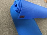 Yogamatters yoga mat and bolster