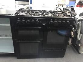 Lovely cooker Beko black 👌🔥