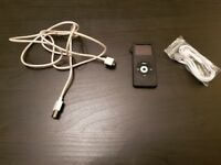 Ipod Nano 1st generation 4gb Black With Headphones And Usb Cable