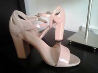 New look sandals 4/37