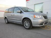 2014 Chrysler Town & Country Cuir, Toit, Navigation et DVD