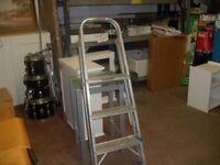 3 Step Ladder 355/9/18
