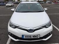 Toyota Auris Hybrid Estate Business Edition