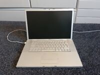 Apple macbook pro 15 inch; A1150 (2006) and charger