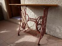 SINGER SEWING MACHINE TABLE / BENCH with PLANKED TEAK TOP
