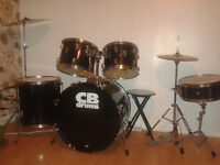 Percussion CB drums