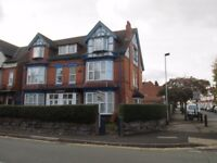 **SPACIOUS DOUBLE BEDROOM** WORKING PROFESSIONALS OR DSS ACCEPTED**GREAT LOCATION **