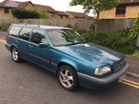 VOLVO 850 GLT 2.5 20V - 7 SEAT ESTATE / HIGH SPEC / WITTER TOW BAR / HEATED LEATHER / Bargain