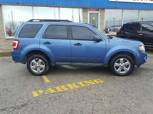 2010 Ford Escape XLT London Ontario image 6