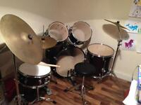 FULL SIZE LEEDY DRUM KIT IN EXCELLENT CONDITION FREE LOCAL DELIVERY AVAILABLE