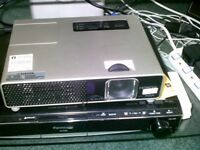 Projector Hitachi for sale for only £25