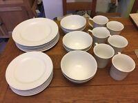 24 piece white dinner service