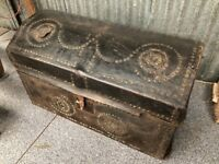 Rustic - Very old / Antique leather bound studded domed trunk - Pirates Sailors