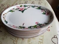 Villeroy and Boch Palermo porcelain dining set - 54 Pieces - Great condition - Plates & bowls etc.
