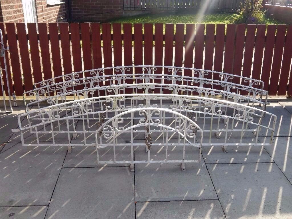 wrought iron railings / galvanised railings / wall toppers