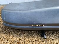 Thule / Volvo 2.2m roof box and bars