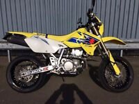 SUZUKI DRZ 400 SM. Yellow and blue. Great condition. Only 6847 miles!