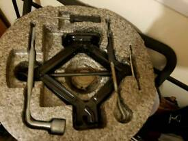 Car jack and spanner