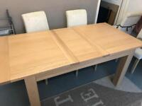 Solid Oak Extendable Dining Table & 4x Chairs