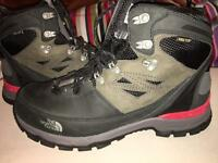 'North Face' Gore- Tex Cradle Walking Boots - Size 9 'New - Un-worn'