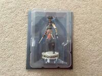 Assassins Creed Official Collectors Figurine Figure Brand New Aveline De Grandpre