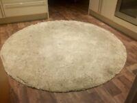 Beige Round Ikea rug