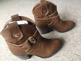 New brown shoes size 3