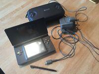 Nintendo DS Lite (Black) with stylus
