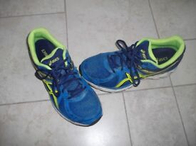 Asics Blue/Green gel sole trainer Size 43.5 (8.5)